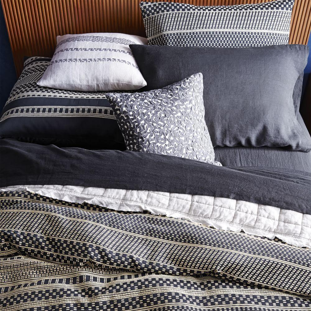 organic washed woven dot duvet cover pillowcases west. Black Bedroom Furniture Sets. Home Design Ideas