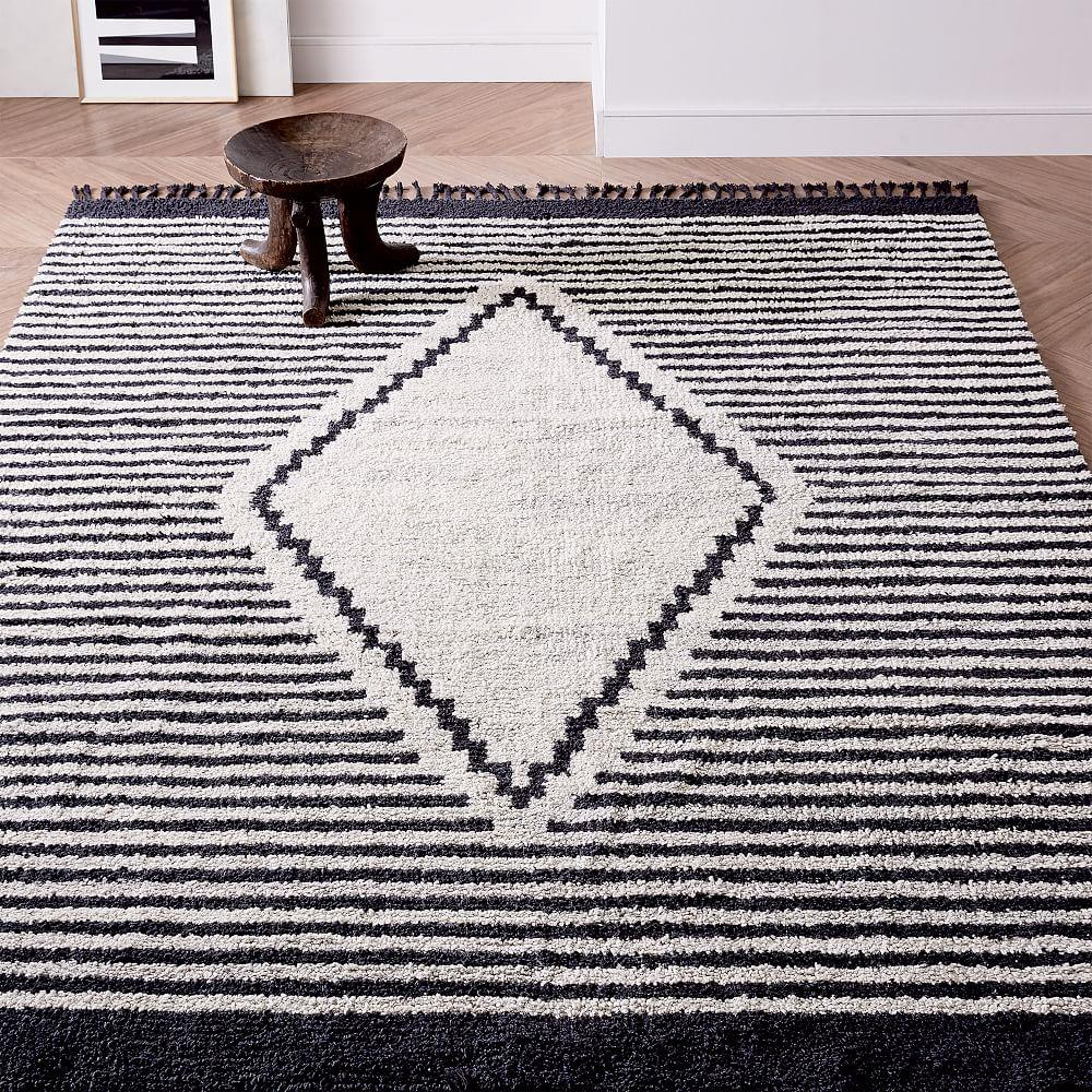 Commune Diamond Rug