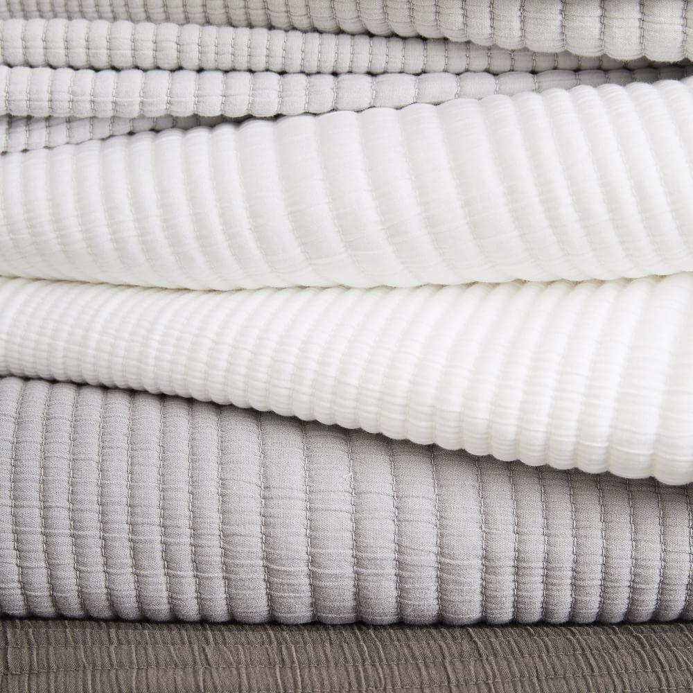 Ribbed Blankets