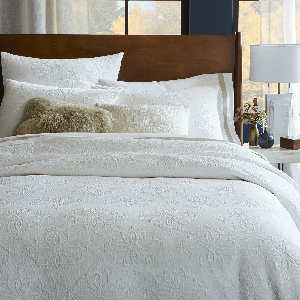 organic diamond medallion matelasse duvet cover. Black Bedroom Furniture Sets. Home Design Ideas