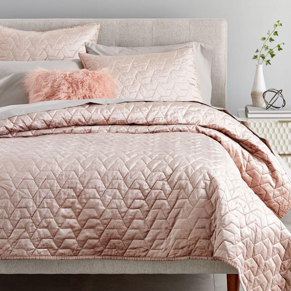 Lustre Velvet Deco Bedspread + Pillowcases - Dusty Blush