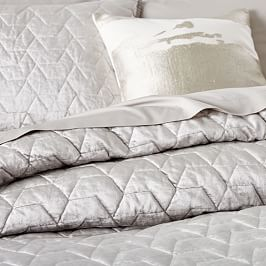 Lustre Velvet Deco Bedspread + Pillowcases - Platinum