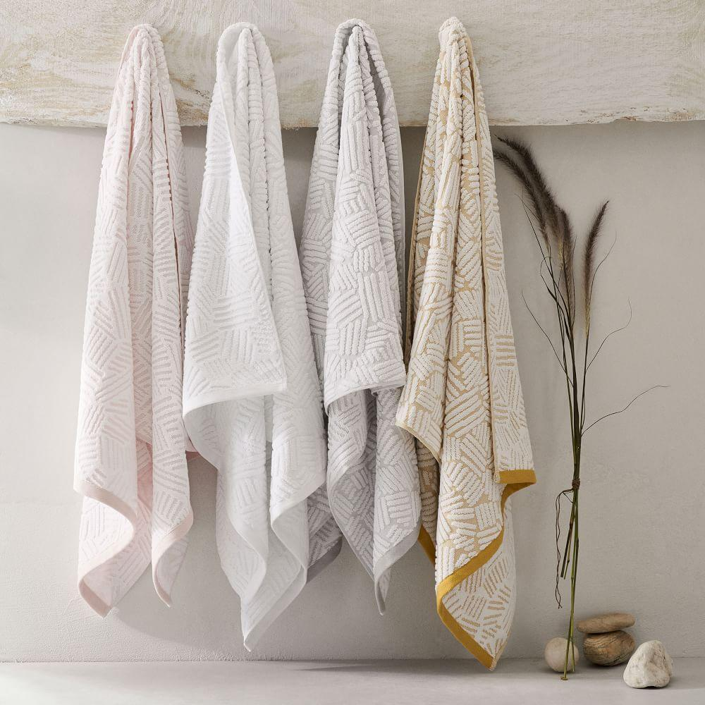 Organic Dashed Lines Sculpted Towels - Dark Horseradish