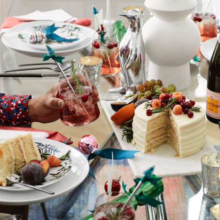 How to Host the Perfect Dinner Party