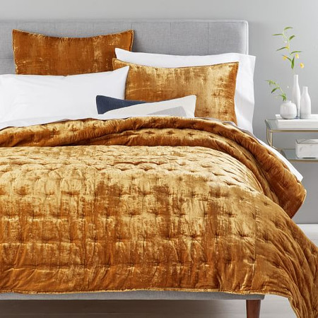 Lush Velvet Tack Stitch Bedspread & Pillowcases - Golden Oaks