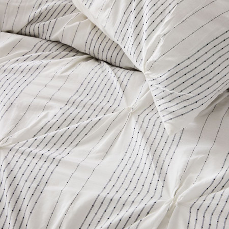 Organic Cotton Striped Pintuck Duvet Cover & Pillowcases