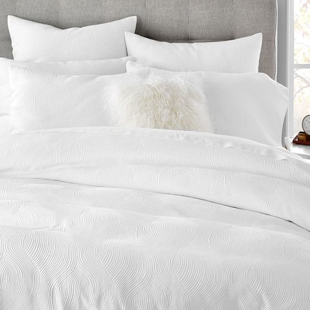 Organic Wavy Jacquard Duvet Cover & Pillowcases